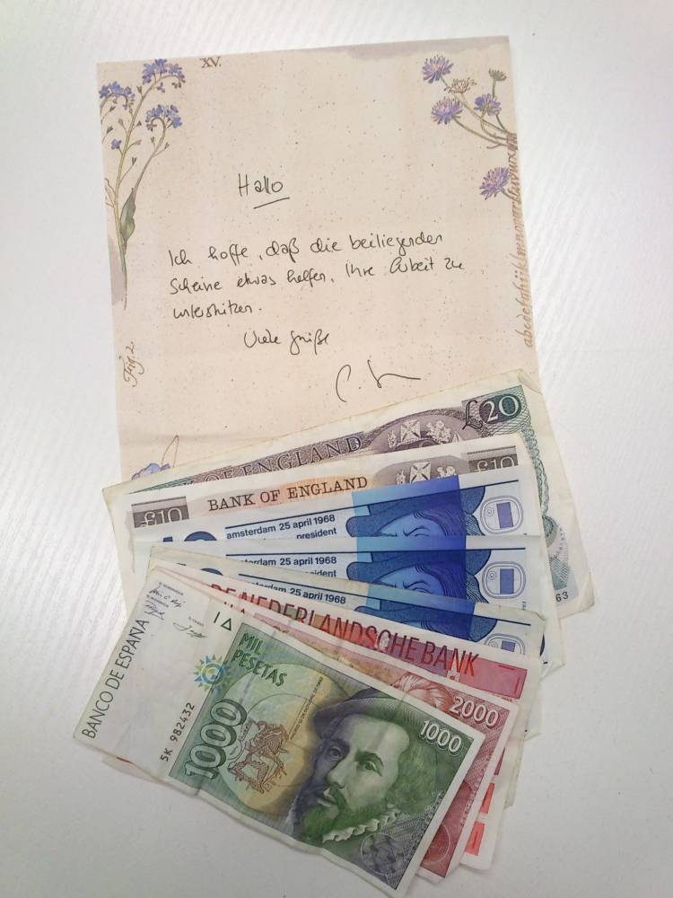 Netter Brief mit Banknoten aus Spanien, England und den Niederlanden