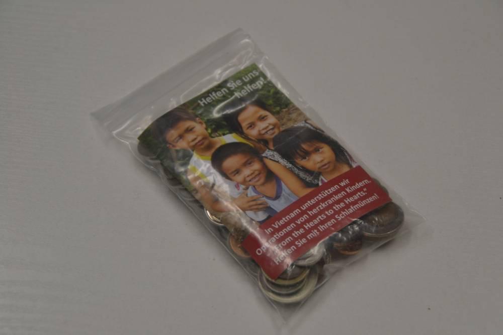Von Terra Tech ausgegebene Sammeltüten für Schlafmünzen, mit solchen gefüllt